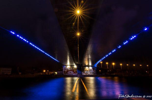 Trasa zamkowa nocą, autor zdjęcia: Tomasz Pięta / FotoStudio77.eu