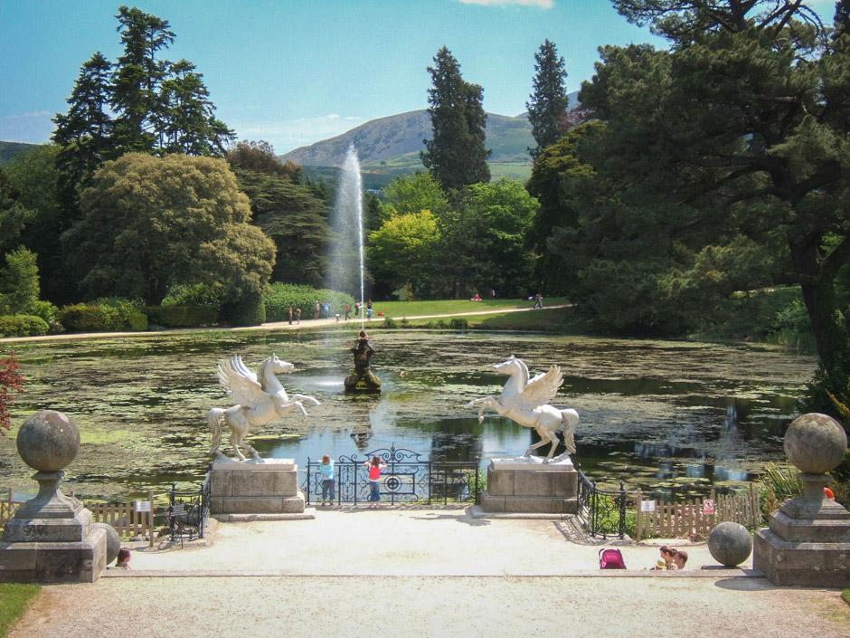 Hortulus to piękne miejsce. Na tym zdjęciu dla porównania Powerscourt Garden w okolicy Dublina. Wrażenia podobne. Polecam Wam obydwa miejsca.