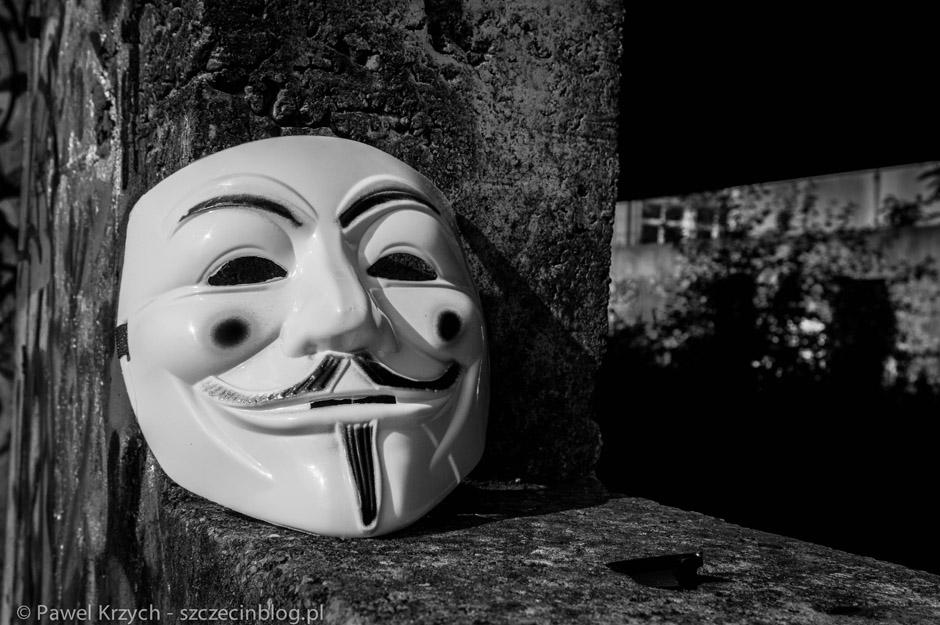 """Ich maski. Znane z przeszłości z filmu """"V jak Vendetta"""" i później z ruchu Anonimowych. Organizacja ta zniknęła w 2014 roku, w ich miejsce pojawili się właśnie Rebelianci."""