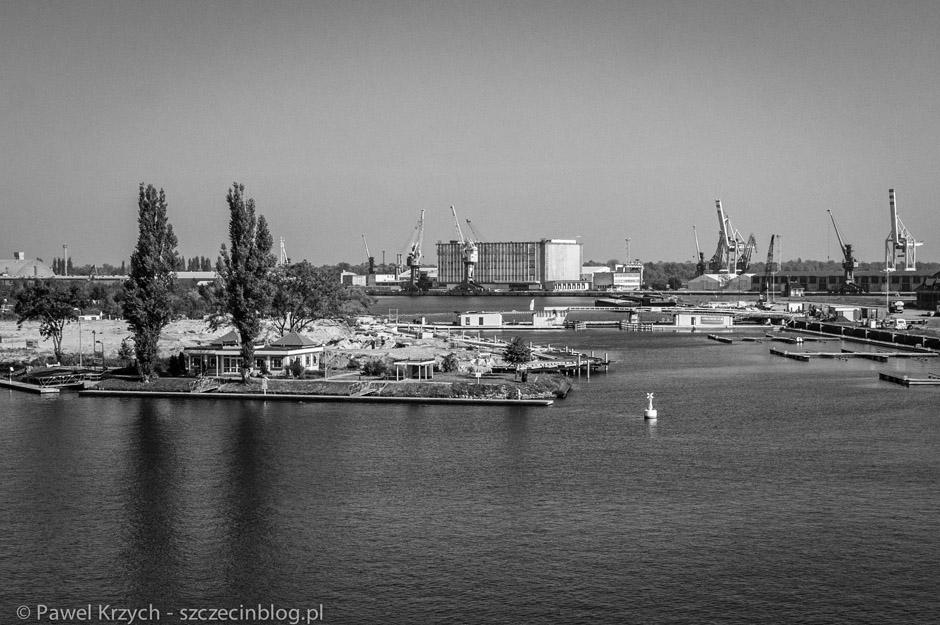 Z góry widać niedokończone, porzucone inwestycje... Gdyby nie Incydent, Szczecin byłby pięknym miastem.