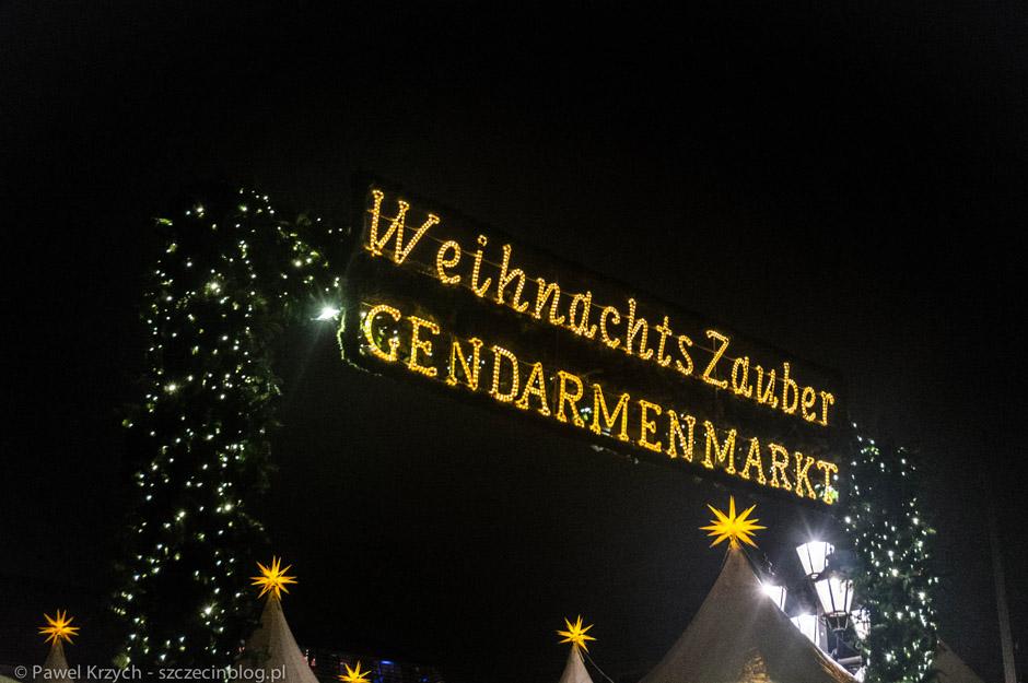 I już na ostatnim Jarmarku - Gendarmenmarkt. Wejście płatne - 1€, mimo to kolejek nie brakowało.