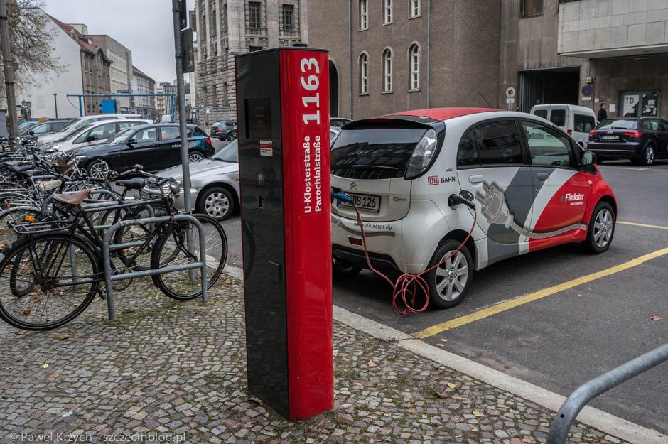 Stacja ładowania samochodów elektrycznych.