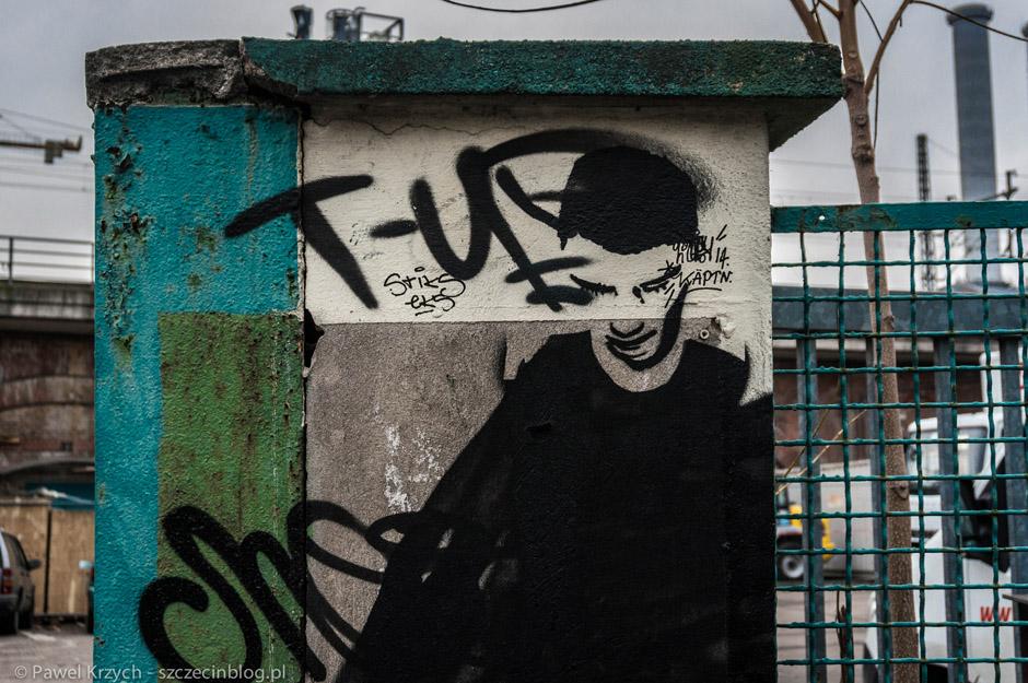 Berlin miastem streetartów. Sztuka uliczna jest tam wszechobecna - w dalszej części relacji będzie tego dużo więcej. Powoli zbliżamy się do Hotzmarkt.