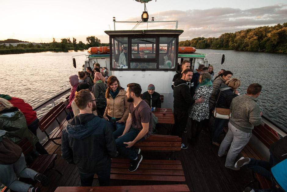 Zdjęcie z Kanapy na Betonowcu - płynęliśmy wtedy zobaczyć niezwykłą jednostkę na Jeziorze Dąbie.