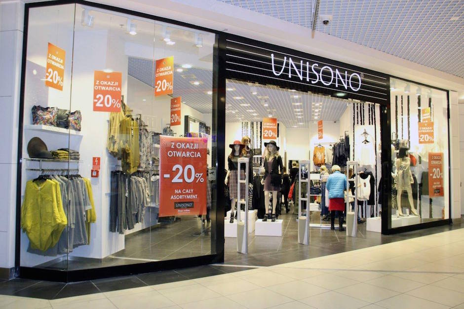 Unisono to sklep oferujący modę damską - połączenie obecnych trendów ze stylem casual. W ofercie znajdują sięteż skórzane torebki marki Venezia.