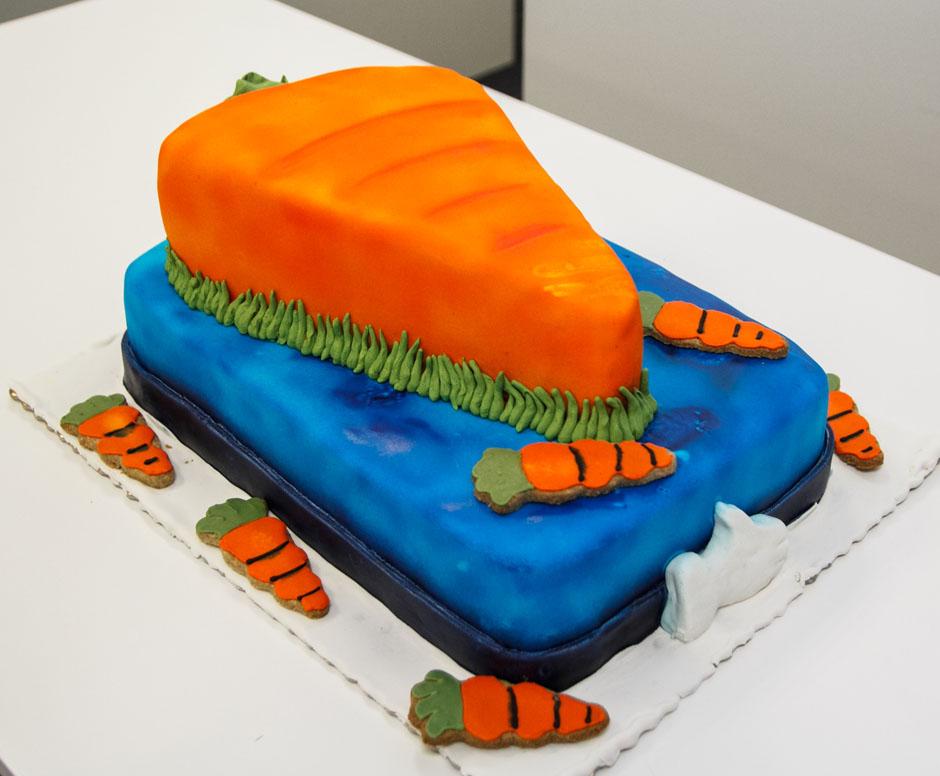 Tort urodzinowy Pawła przygotowany przez Zuzę Jankiewicz z Zakręconej Kawiarenki.