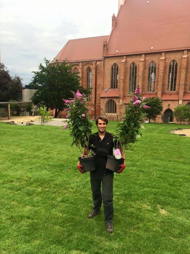 Piotr wraz z rodziną prowadzi znane w Szczecinie Centrum Ogrodnicze RAJSKI OGRÓD. Stamtąd pochodzą rośliny, które znajdą się w SOK.